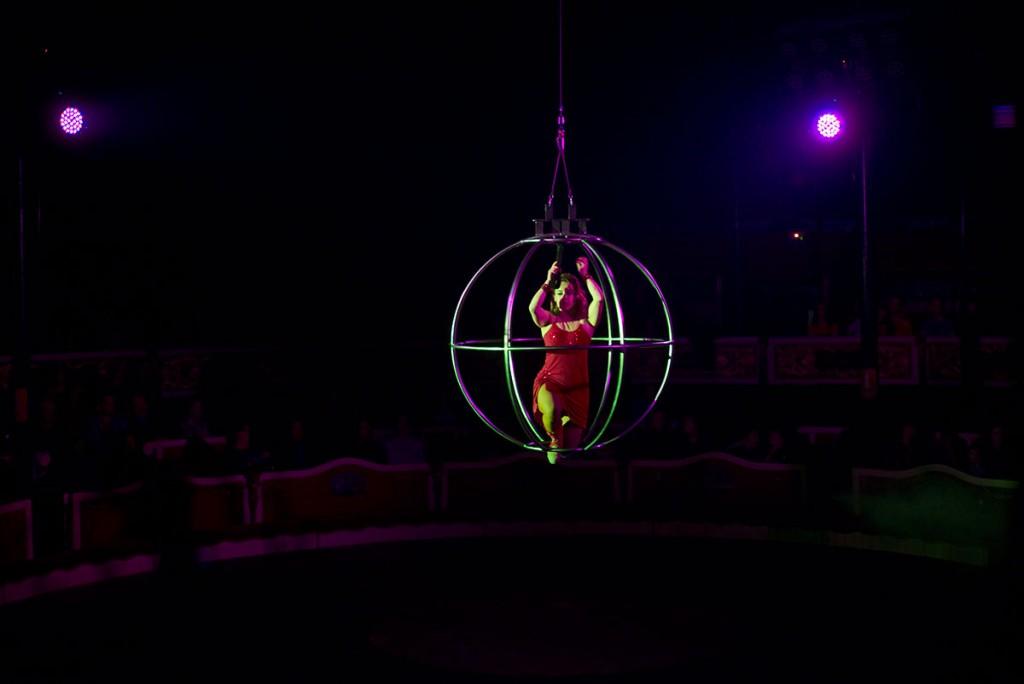 Circus_002_tn